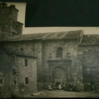 Exterior de la iglesia parroquial de San Andrés Apóstol de Quintanilla de Somuñó (Burgos)